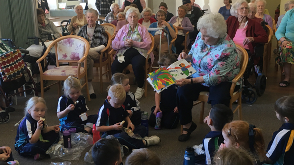 Image for Kindy B Visits Aged Care Home